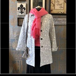 Eddie Bauer Gray/white leaf design raincoat Sz S